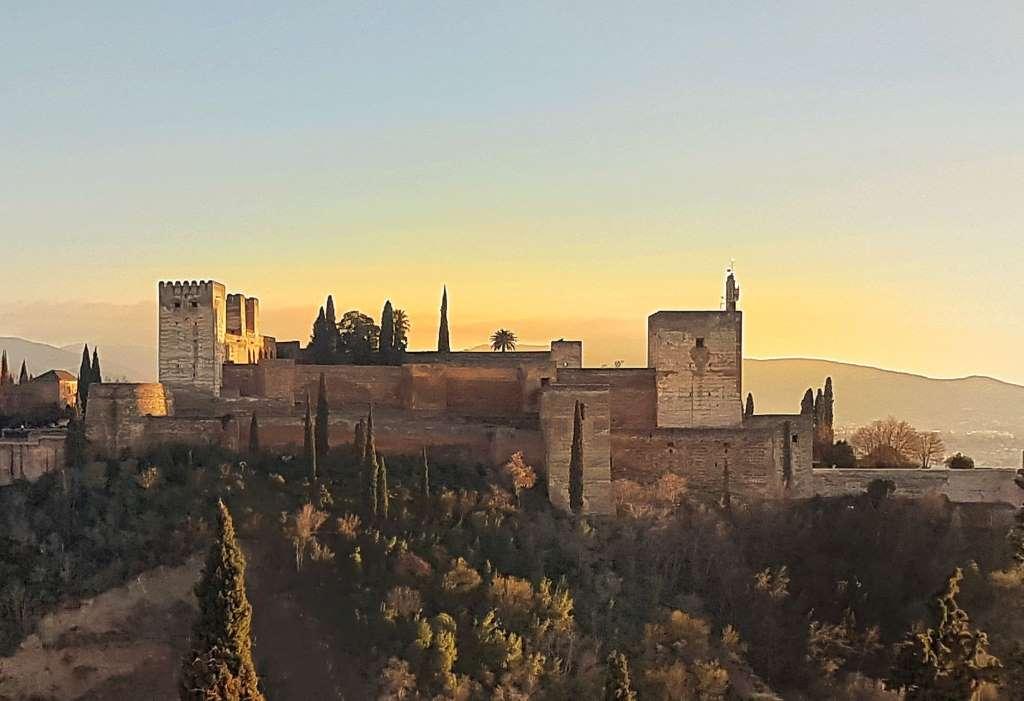 Vue d'ensemble sur l'Alhambra Grenade