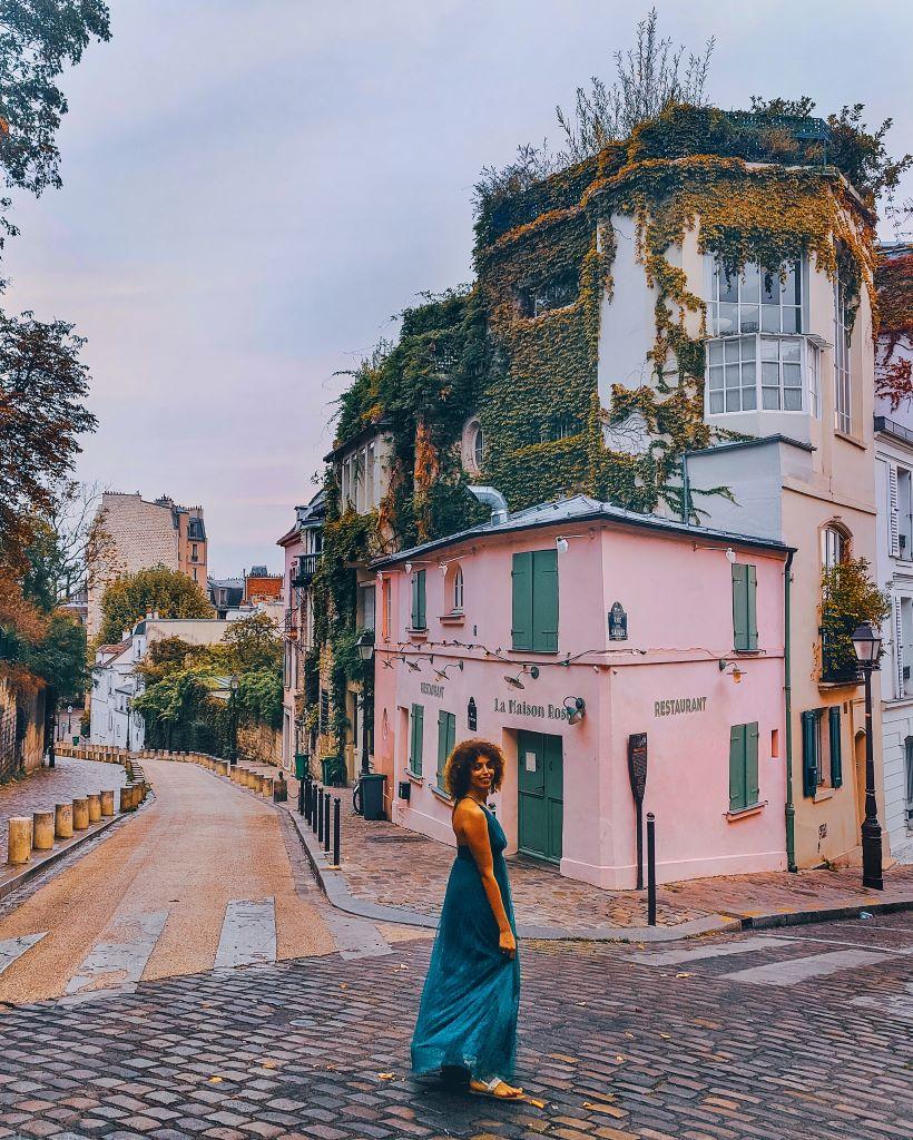 Meilleur spot photo à Montmartre : la maison rose